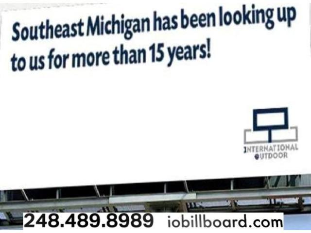 Buy Hand Embroidered Lucknowi White Georgette Aari Design Kurti - 1